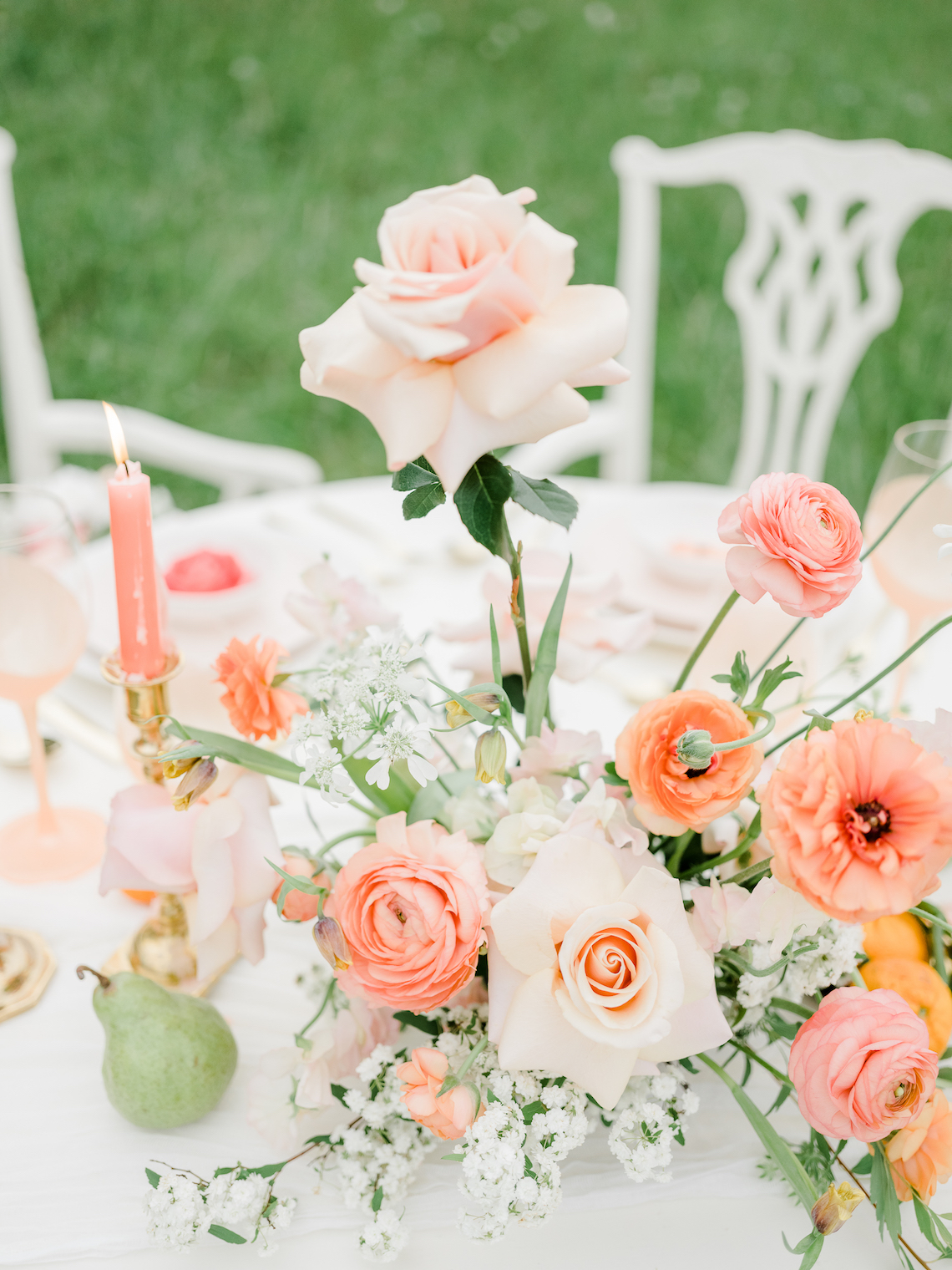 Whimsical Pantone Living Coral Colorful Meadow Wedding Inspiration – Kira Nicole Photography 26
