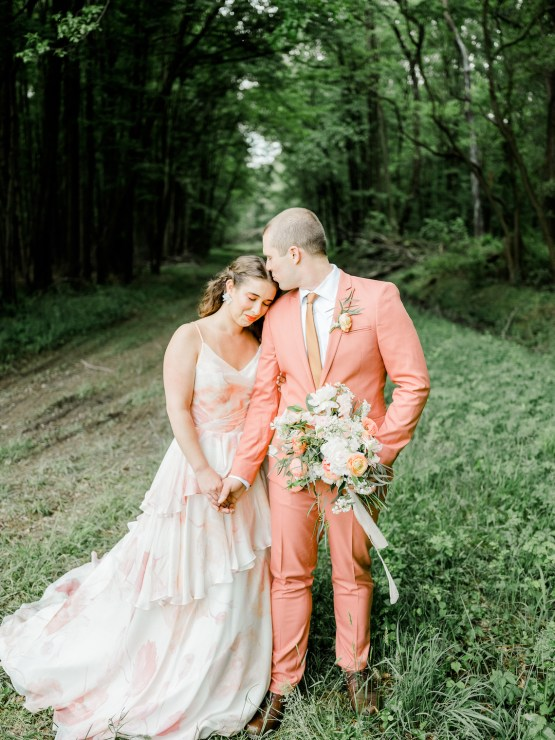 Whimsical Pantone Living Coral Colorful Meadow Wedding Inspiration – Kira Nicole Photography 30