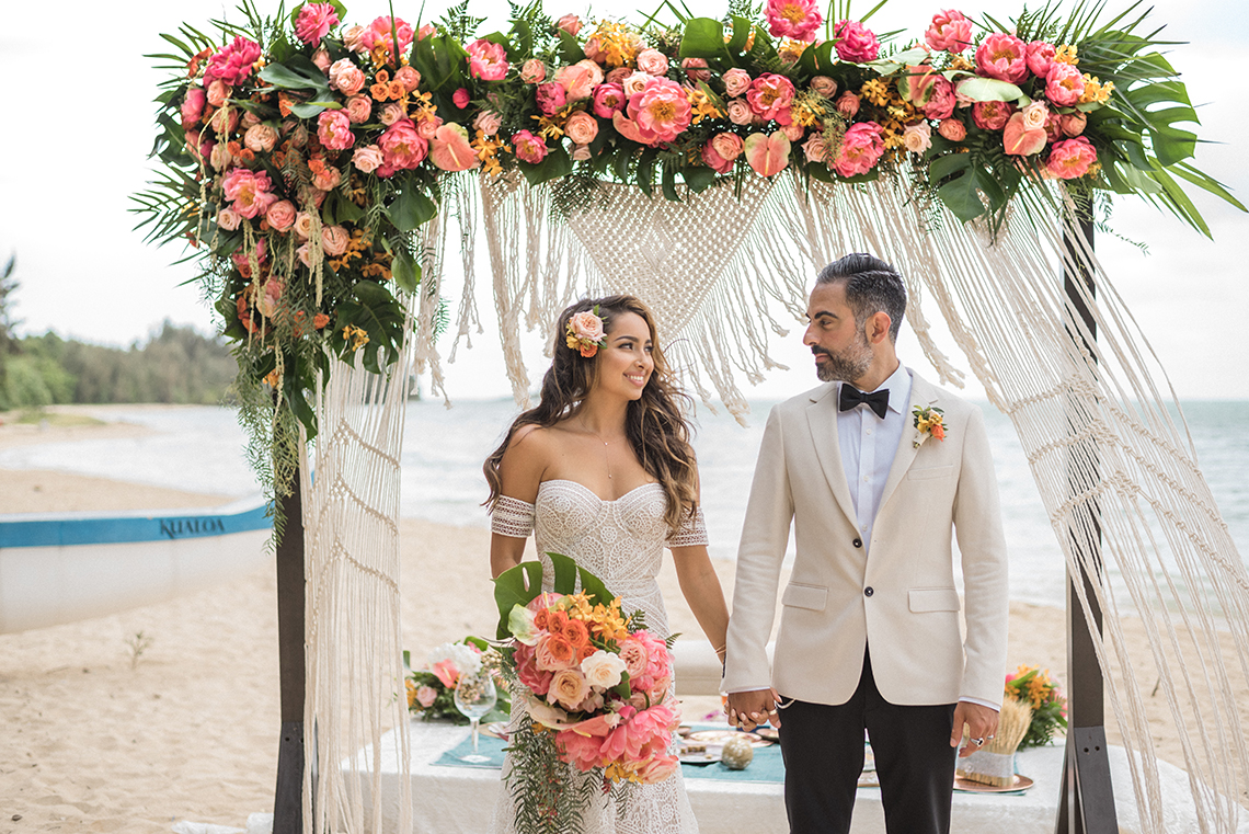 Breathtaking Cultural Polynesian Wedding on the Beaches of Hawaii – Joseph Esser 10
