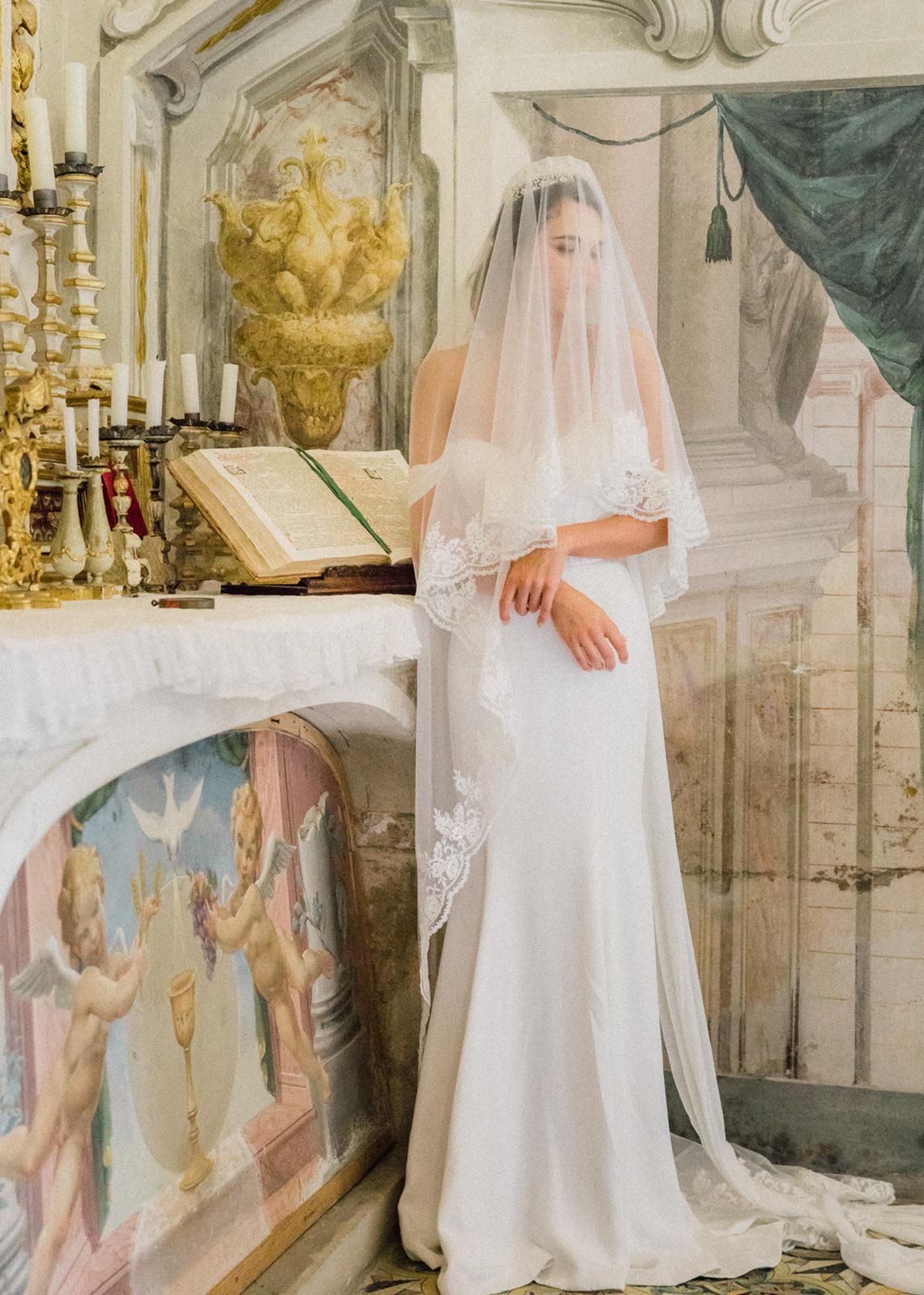 Breathtaking Tuscan Fine Art Wedding Inspiration – Olga Makarova 11
