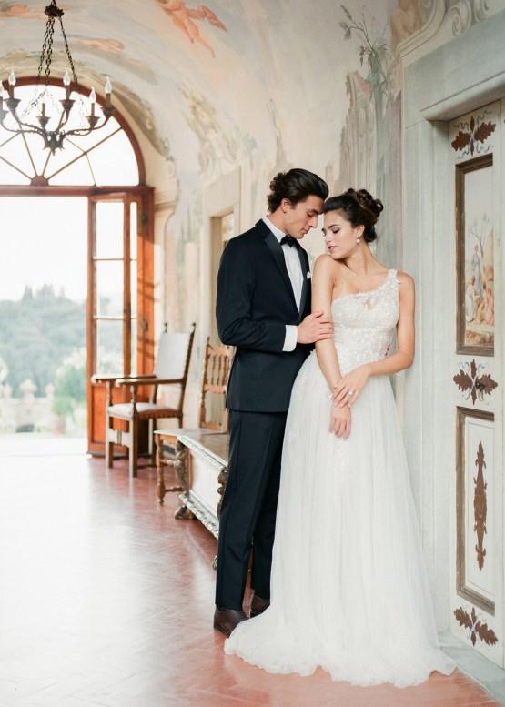 Breathtaking Tuscan Fine Art Wedding Inspiration – Olga Makarova 21