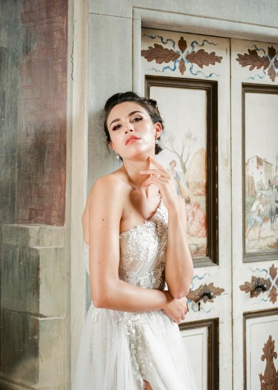 Breathtaking Tuscan Fine Art Wedding Inspiration – Olga Makarova 22