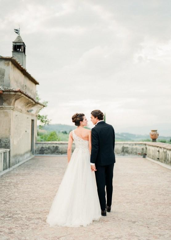 Breathtaking Tuscan Fine Art Wedding Inspiration – Olga Makarova 32