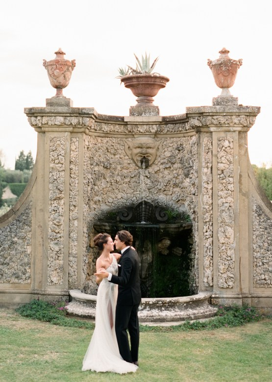 Breathtaking Tuscan Fine Art Wedding Inspiration – Olga Makarova 43