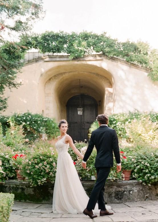 Breathtaking Tuscan Fine Art Wedding Inspiration – Olga Makarova 51