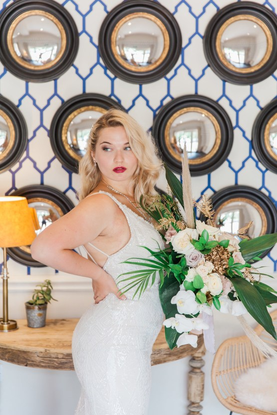 Glamorous Art Deco Wedding Inspiration with Gold Details – Maxeen Kim Photography 28