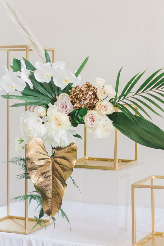 Glamorous Art Deco Wedding Inspiration with Gold Details – Maxeen Kim Photography 34