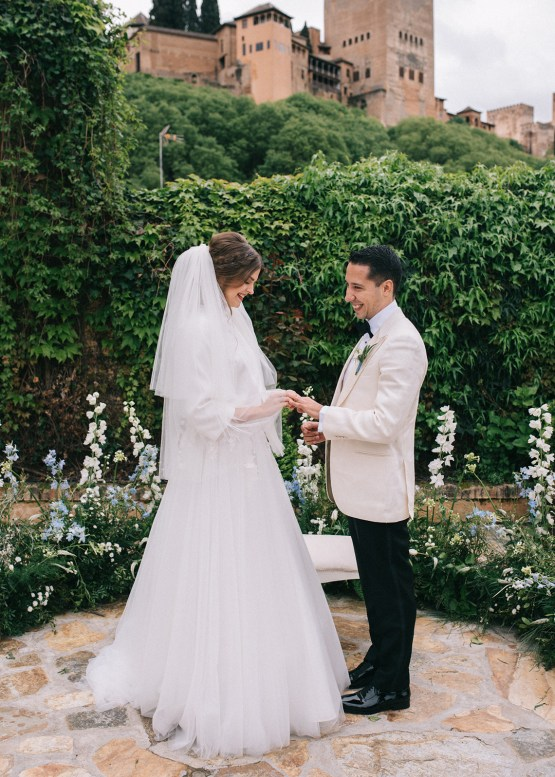 Incredibly Romantic Spanish Wedding in Andalucia – Doncel Alcoba 17