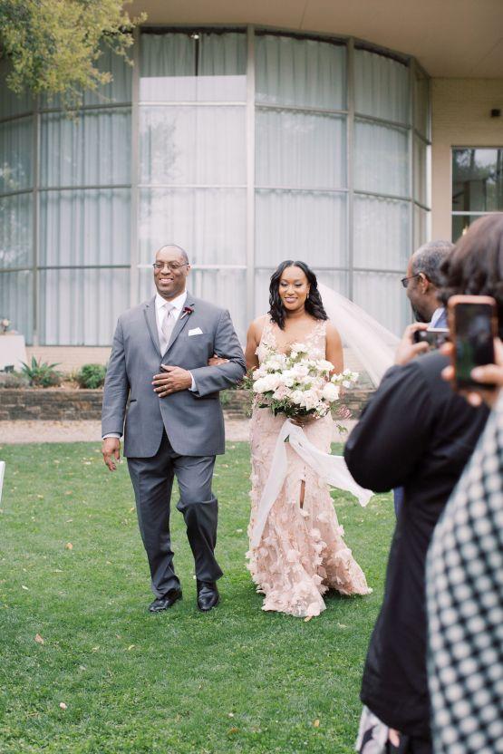 Pretty Texas Garden Wedding With A Blush Pink Wedding Dress – Deven Ashley 22
