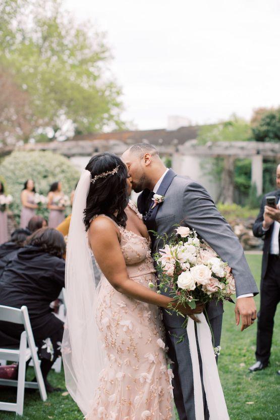 Pretty Texas Garden Wedding With A Blush Pink Wedding Dress – Deven Ashley 24
