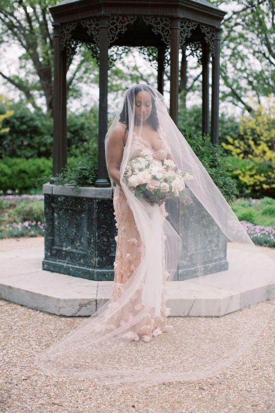Pretty Texas Garden Wedding With A Blush Pink Wedding Dress – Deven Ashley 28