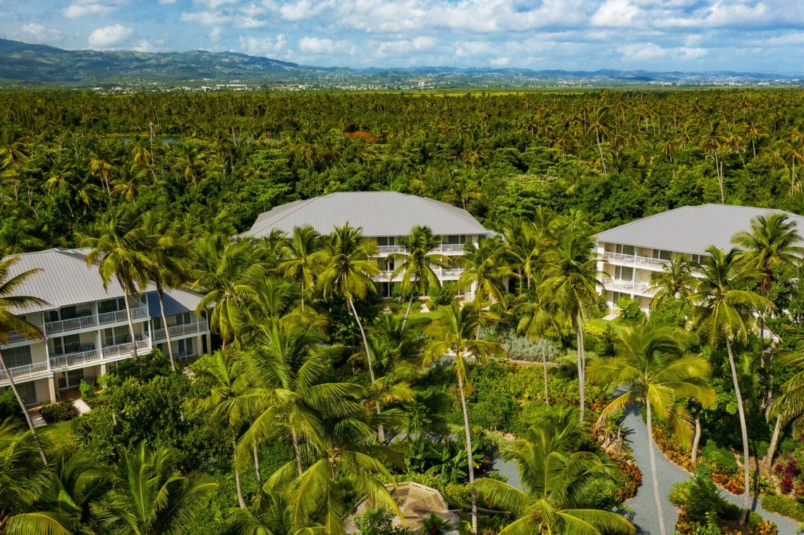 St Regis Bahia Beach – Puerto Rico – Dream Tropical Destination Wedding Venue – Bridal Musings 5