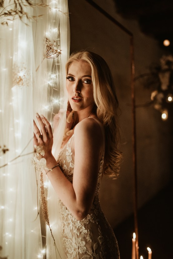 Candlelit Wedding Inspiration With Pretty Fairy Lights – Lauren Pretorius Photography 15