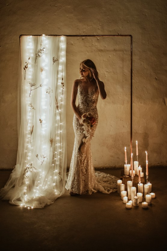 Candlelit Wedding Inspiration With Pretty Fairy Lights – Lauren Pretorius Photography 16