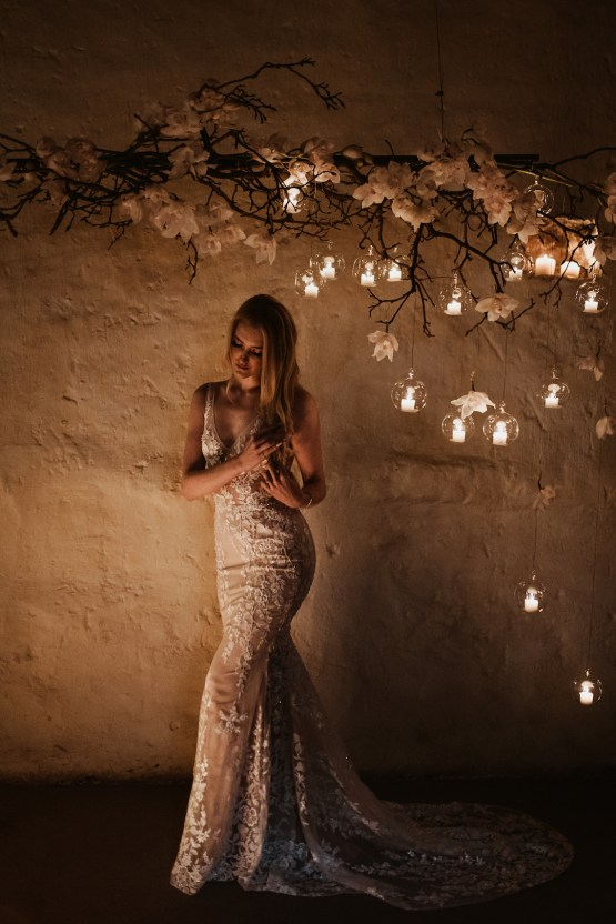 Candlelit Wedding Inspiration With Pretty Fairy Lights – Lauren Pretorius Photography 18