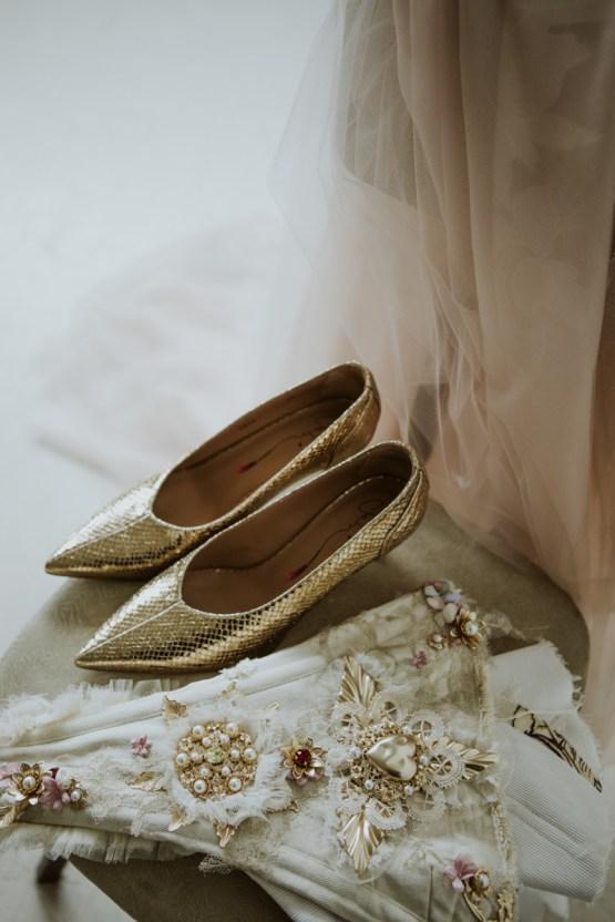 White and Taupe Minimalistic Wedding Inspiration – Vanessa Illi 24