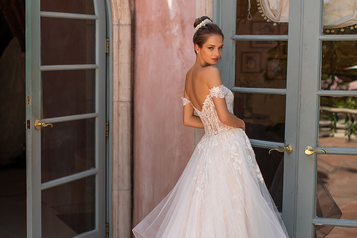 10 Gorgeous Ball Gown Wedding Dresses – Moonlight Bridal – H1428-B copy