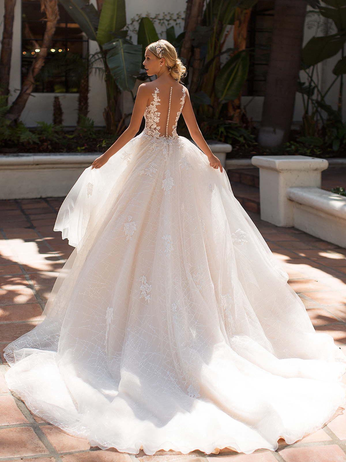 10 Gorgeous Ball Gown Wedding Dresses – Moonlight Bridal – J6704-B