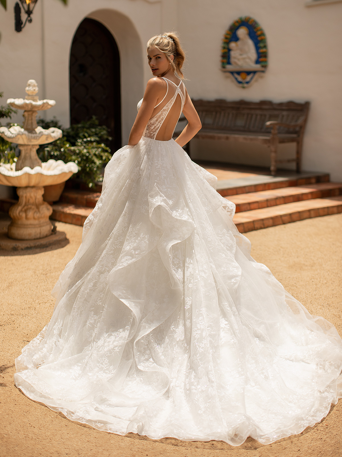 10 Gorgeous Ball Gown Wedding Dresses – Moonlight Bridal – J6782-B