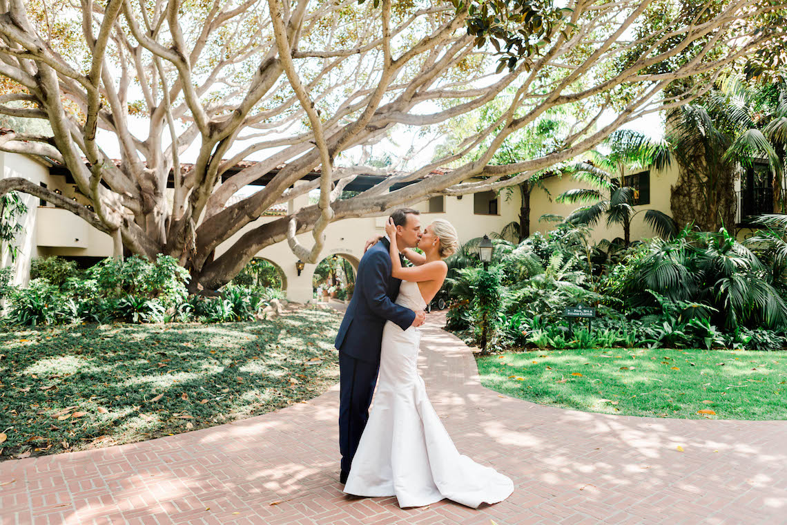 Classic Beautiful Four Seasons Biltmore Santa Barbara Wedding – Bridal Musings – Valorie Darling Photography Collective 1