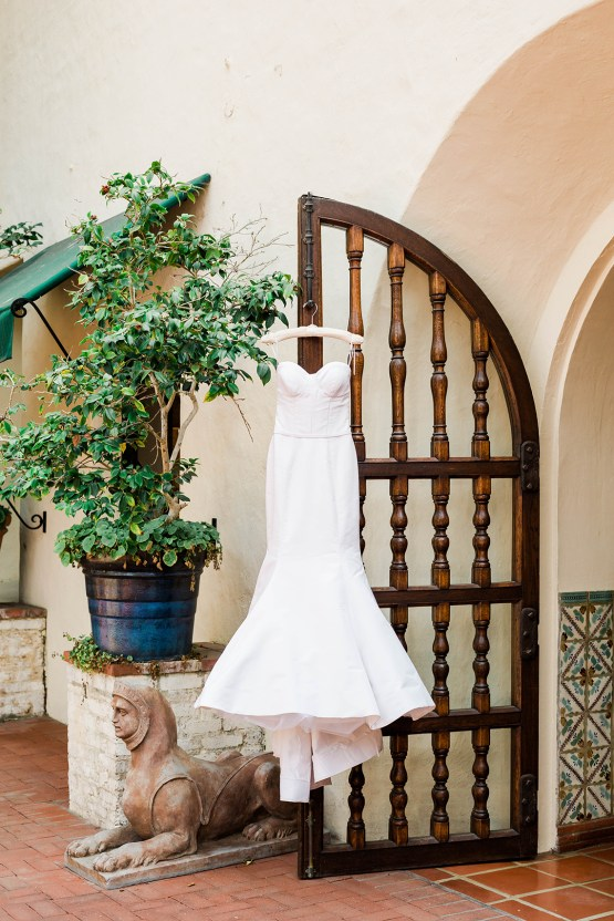 Classic Beautiful Four Seasons Biltmore Santa Barbara Wedding – Bridal Musings – Valorie Darling Photography Collective 12