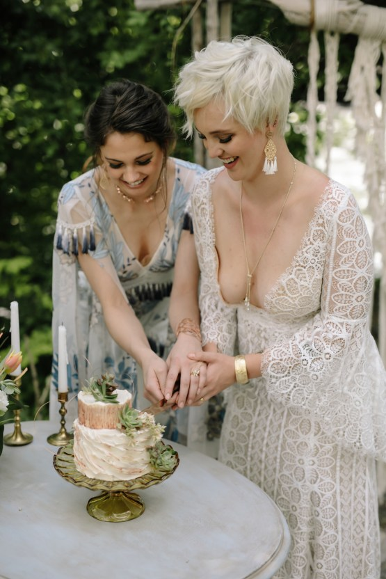 Dreamcatcher Bohemian Wedding Inspiration – Gissell Weddings – Corey Fox Photography – Rue de Seine Bridal 31
