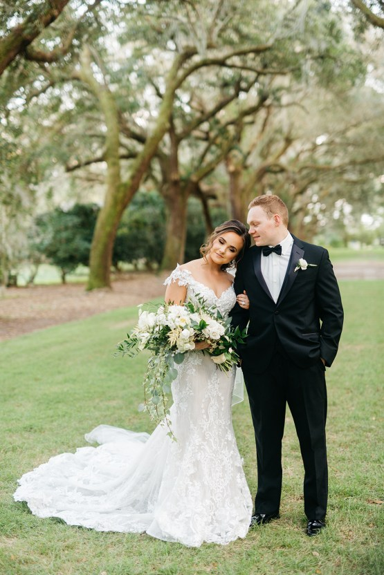 Magical Intimate Southern Wedding Under The Oak Trees – Pure Luxe Bride – Lydia Ruth Photography 44