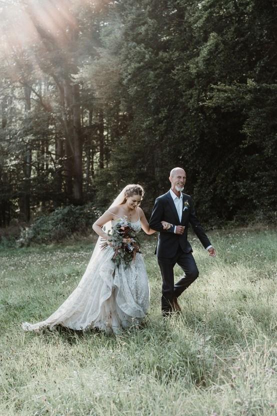 Romantic Woodsy DIY Wedding in South Bohemia Czech Republic – Carols Darkroom 15