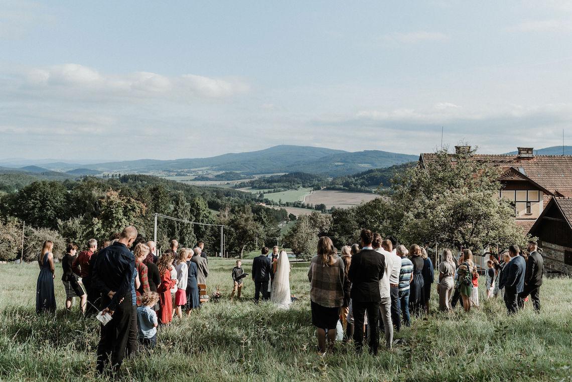 Romantic Woodsy DIY Wedding in South Bohemia Czech Republic – Carols Darkroom 2