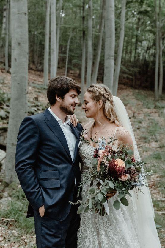 Romantic Woodsy DIY Wedding in South Bohemia Czech Republic – Carols Darkroom 21