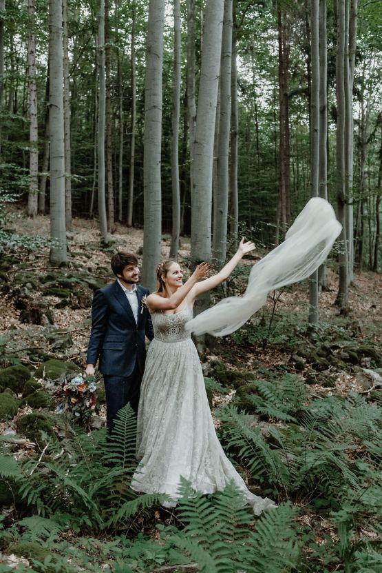 Romantic Woodsy DIY Wedding in South Bohemia Czech Republic – Carols Darkroom 23