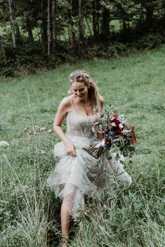 Romantic Woodsy DIY Wedding in South Bohemia Czech Republic – Carols Darkroom 25