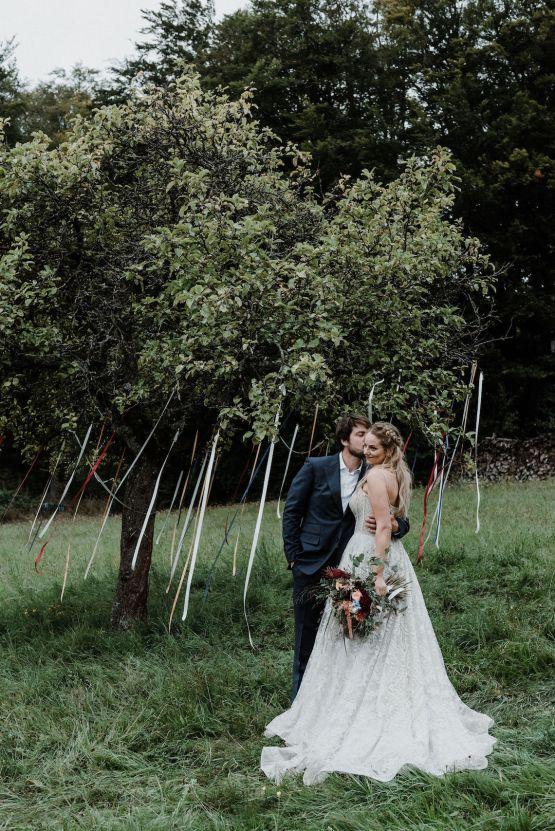 Romantic Woodsy DIY Wedding in South Bohemia Czech Republic – Carols Darkroom 26