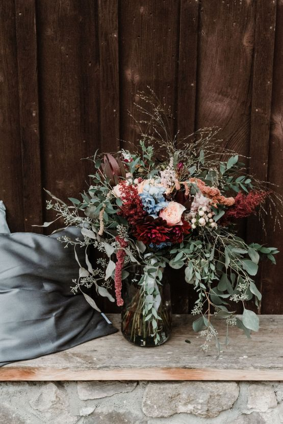 Romantic Woodsy DIY Wedding in South Bohemia Czech Republic – Carols Darkroom 30