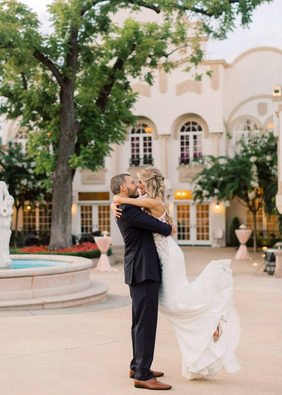 Lavish Southern Winery Wedding – Molly Lichten Photography 43
