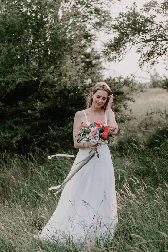 Pretty Meadow Wedding in the Czech Republic – Carols Darkroom 39