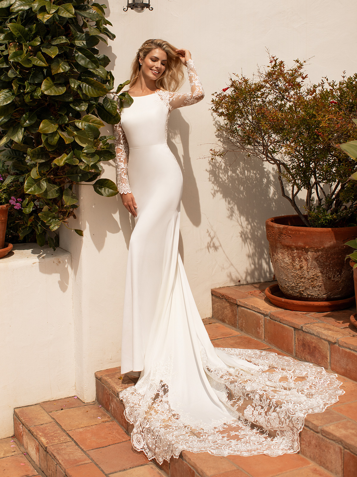 Questions to Ask When Wedding Dress Shopping – Bridal Musings – Moonlight Bridal – Moonlight Collection 2