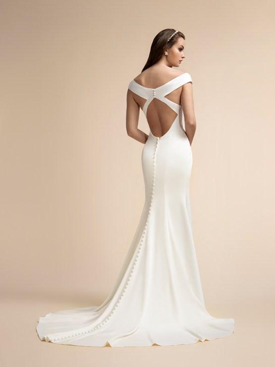 10 Flattering Wedding Dresses by Moonlight Bridal and Val Stefani – Bridal Musings 4