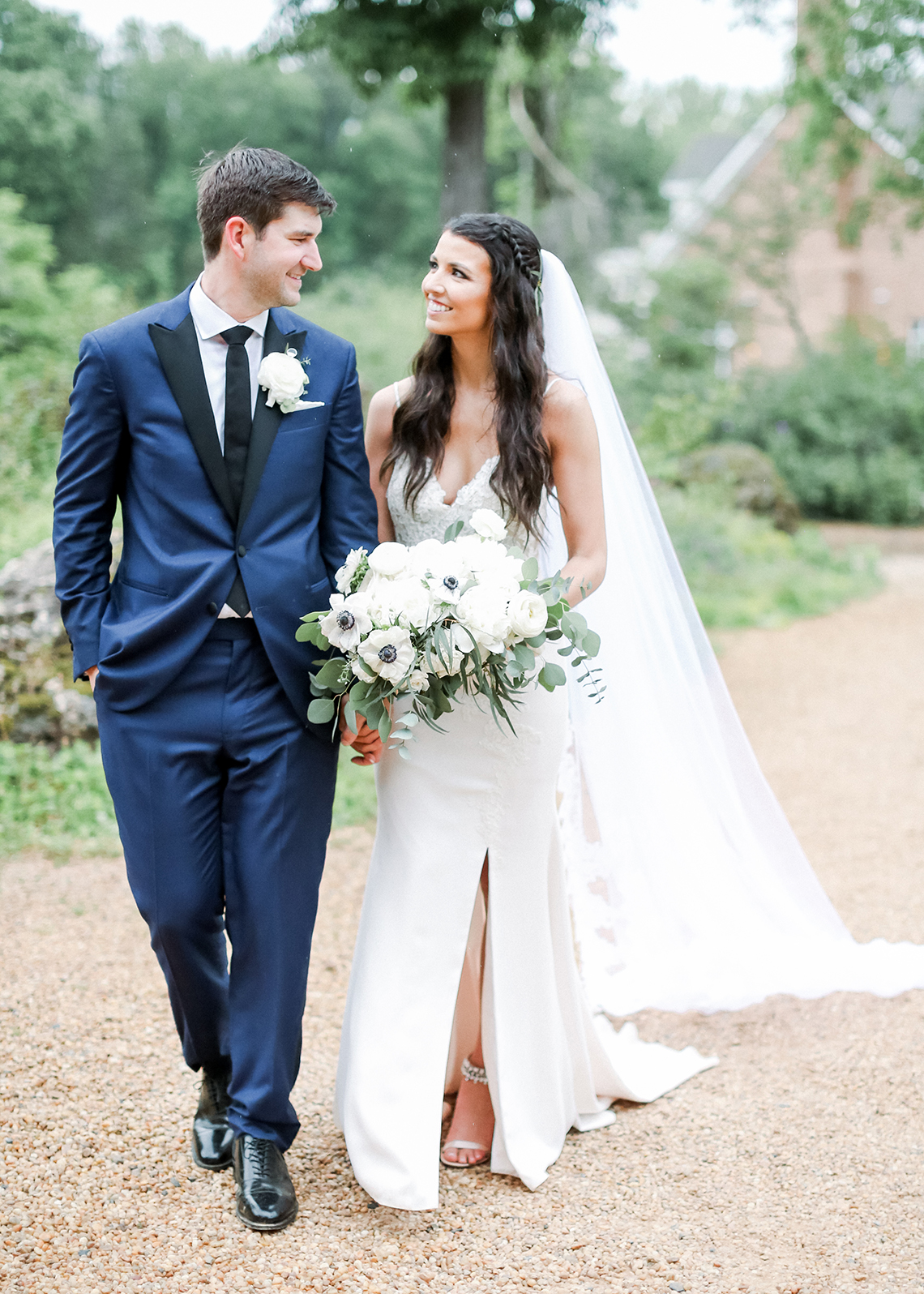 Blue Wedding at Barnsley Gardens Ruins in Georgia – Shauna Veasey 27