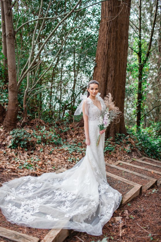 Maggie Sottero Pacific Northwest Beach Wedding Inspiration – Claire Eliza – Bridal Musings 28