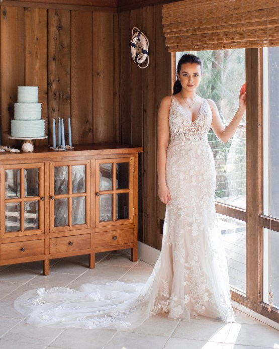 Maggie Sottero Pacific Northwest Beach Wedding Inspiration – Claire Eliza – Bridal Musings 37