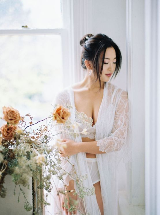 Dreamy and Ethereal Ballerina Bridal Boudoir Inspiration – Samin Abarqoi 14