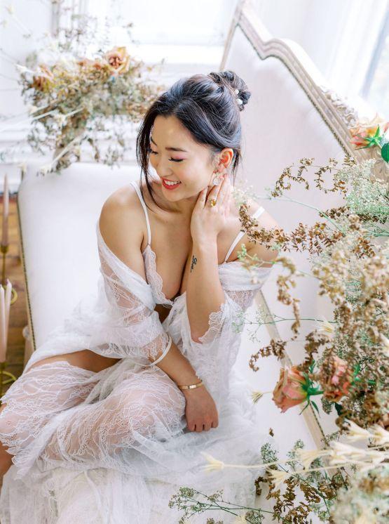 Dreamy and Ethereal Ballerina Bridal Boudoir Inspiration – Samin Abarqoi 3