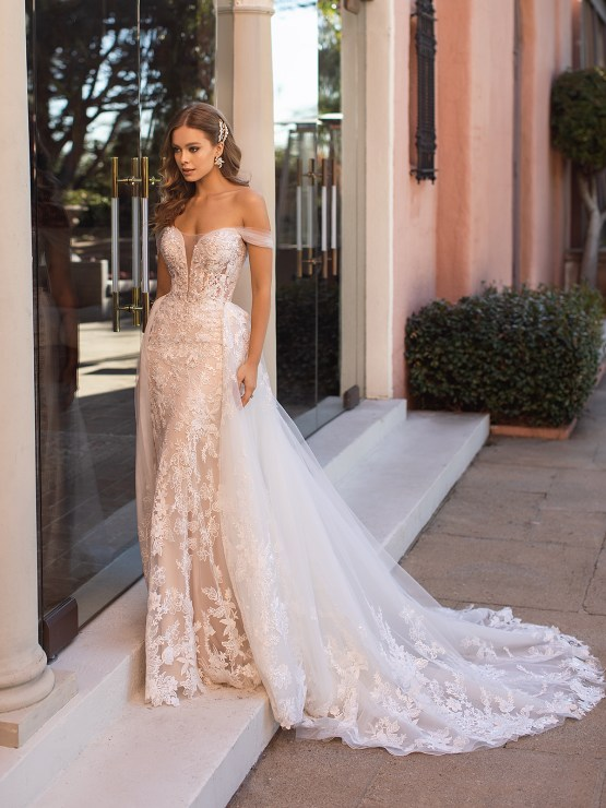 Lace Wedding Dresses in Every Silhouette – Moonlight Bridal – Val Stefani – D8250_A