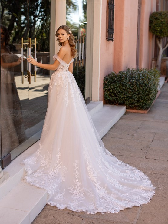 Lace Wedding Dresses in Every Silhouette – Moonlight Bridal – Val Stefani – D8250_B
