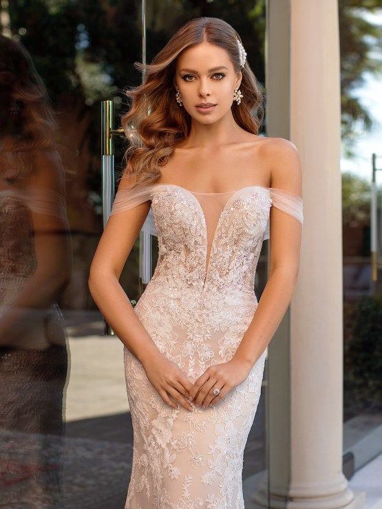 Lace Wedding Dresses in Every Silhouette – Moonlight Bridal – Val Stefani – D8250_C
