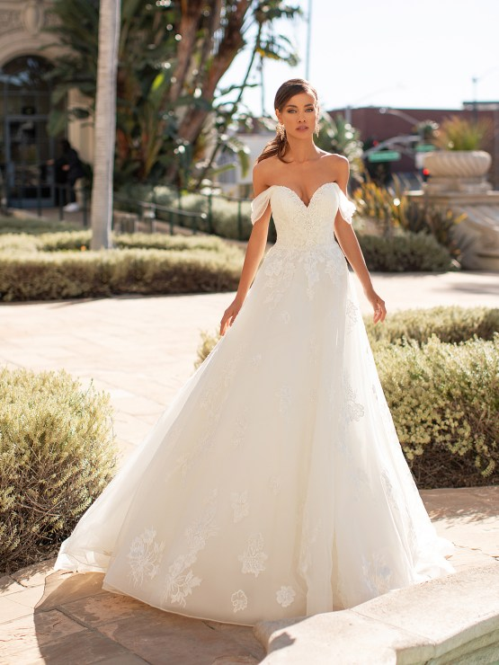 Lace Wedding Dresses in Every Silhouette – Moonlight Bridal – Val Stefani – H1447_A