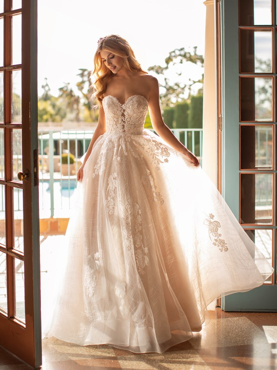 Lace Wedding Dresses in Every Silhouette – Moonlight Bridal – Val Stefani – J6797_A