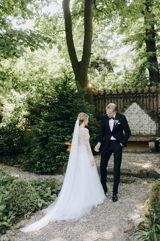 Practically Royal Classic Budapest Cathedral Wedding – Julian Gyula Zacsfalvi 15