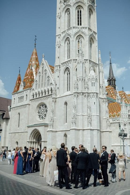 Practically Royal Classic Budapest Cathedral Wedding – Julian Gyula Zacsfalvi 19